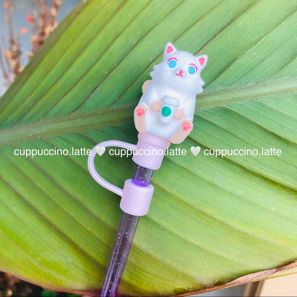 ✨NEW✨Starbucks Kitty with Starbucks Cup Topper